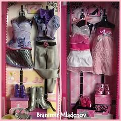 Plus 4 cute fashions ... (Brani's fashion dolls) Tags: summer teresa barbiefashions barbieset raquellebarbie