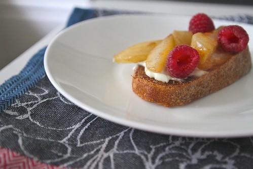 warm pear -raspberry bruschetta