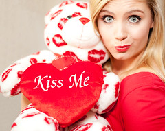 Happy Valentines Day!! (Brindi Low) Tags: blueeyes kisses teddybear redlipstick blondehair valentinesday rc6 canon5dmarkii brindilow