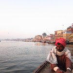 "Sunrise Boat Ride on the Ganges <a style=""margin-left:10px; font-size:0.8em;"" href=""http://www.flickr.com/photos/14315427@N00/6880201379/"" target=""_blank"">@flickr</a>"