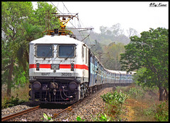 Black Diamond Express (Raj Kumar (The Rail Enthusiast)) Tags: black train canon indian rail diamond express railways kolkata raj palindrome abb kumar howrah dhanbad 30203 wap7 sx30is pradhankhunta