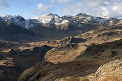 Upper Eskdale from Hard Knott (Nick Landells) Tags: mountain mountains pen lakedistrict cumbria fells scafell scafellpike hardknott eskdale esk mountainous riveresk greatend uppereskdale illcrag broadcrag greatmoss