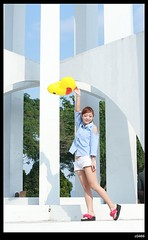 nEO_IMG_DP1U7165 (c0466art) Tags: show light portrait baby white cute girl beautiful lady female canon happy jump eyes energy asia pants sweet taiwan short attractive alive cheer lovely charming ourdoor goegeous 1dx  c0466art
