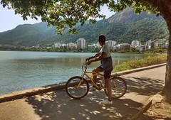 Lagoa rodrigo de freitas- RJ (marcusvco) Tags: boy summer brazil hot nature bike riodejaneiro landscape rj happiness lagoon health lazy lagoarodrigodefreitas bikerider