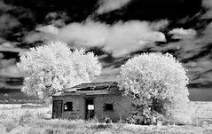 vacant II (eDDie_TK) Tags: abandoned ir colorado vacant co infrared bouldercounty bouldercntyco