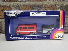 Siku Mercedes Airport Bus With Luggage Trailer 1980's Boxed Retro Toy (beetle2001cybergreen) Tags: bus toy mercedes airport with retro luggage trailer boxed 1980s siku