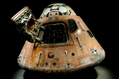 Apollo 14 Command Module Kitty Hawk at Kennedy Space Centre (lee adcock) Tags: nasa kennedyspacecentre nikon1685 nikond300s