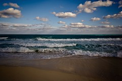(Luc Deveault) Tags: voyage travel family blue light hot beach beauty canon cuba bleu luc lycid deveault lucdeveault cuba2012