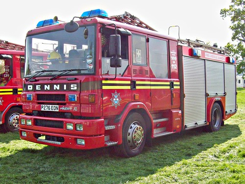 102 Dennis Sabre XL Fire Tender (1996)