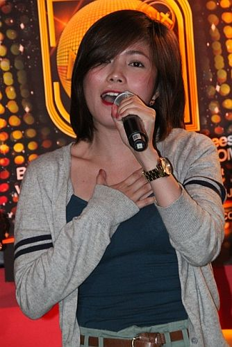 Nominee Yeng Constantino performs during MMA 2012 announcement of nominees (photo by Allan Sancon) [2]