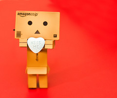 Will You....? (6/52) (abneysc) Tags: red love canon toy kiss candy heart kissme conversationheart danbo 52weeks danboard