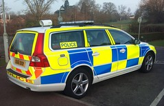 HERTS TRAFFIC V 70 (NW54 LONDON) Tags: police 999 policecars emergencyvehicle volvov70 trafficcar hertfordshirepolice