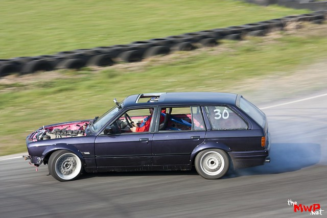 Pete from Team Sunset drifting Reggie's BMW E30 V8