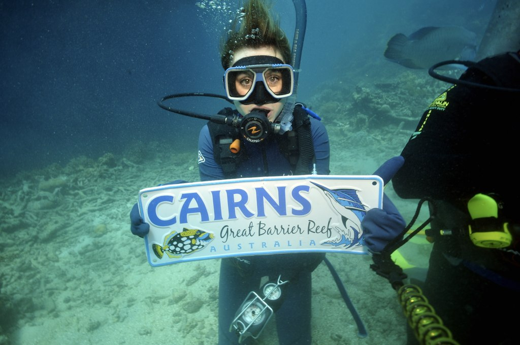Scuba Diving, Great Barrier Reef : Cairns, Australia