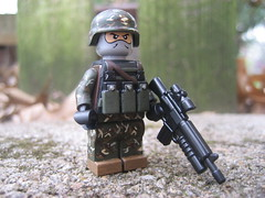 Into the forest (Da-Puma) Tags: michael paint lego citadel sean prototype griffin m16 brickarms