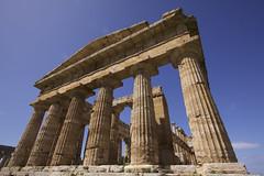 paestum-2 (bgblogging) Tags: italy temple ruin paestum doric greektemple