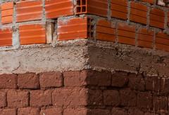 Mescla constructiva (faltimiras) Tags: door sun sol inca stone puerta cares faces llama semi pre porta caras estatua ponce pedra enterrado monolito piedra tiwanaku tihuanacu monolit fraile kalasasaya tihuanaku