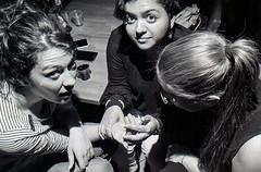 Sans titre (Guy Le Guiff) Tags: street zine paris film night photo strada dino gimme streetphoto 121 grime rue esp grub bitter isp quadra closer argentique spg oculi aniother
