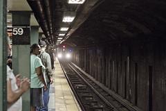 r_160528033_beat0033_a (Mitch Waxman) Tags: newyorkcity newyork subway manhattan 59thstreet 5line