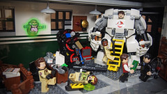 Ghostbusters got their new weapon from Tony Stark. (Takamichi Irie) Tags: comic lego ghost age buster hulk firehouse marvel busters crossover ultron ghosetbusters