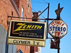 Clymer TV, Vandalia, IL (Robby Virus) Tags: television sign radio tv illinois stereo repair signage arrow appliances zenith vandalia