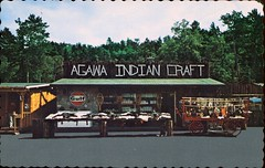 Agawa Indian Crafts, Sault Ste. Marie, Ontario (SwellMap) Tags: architecture vintage advertising design pc 60s fifties postcard suburbia style kitsch retro nostalgia chrome americana 50s roadside googie populuxe sixties babyboomer consumer coldwar midcentury spaceage atomicage