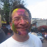 "Holi <a style=""margin-left:10px; font-size:0.8em;"" href=""http://www.flickr.com/photos/14315427@N00/6840035958/"" target=""_blank"">@flickr</a>"