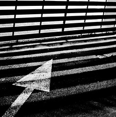 N50 ((LP)) Tags: blackandwhite contrast noiretblanc geometry arrow flche project365 geometrique lpelka little365club