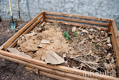 Hayseed's Big City Farm Supply (Inhabitat) Tags: newyorkcity newyork brooklyn greenpoint composting urbangardening urbanfarming ecodesign greendesign backyardgardening inhabitat rooftopgardens repurposedmaterials woodcrates farmsupply outdoorgardening inhabitatny oldcrates amandacoen repurposedcrates hayseedsbigcityfarmsupply