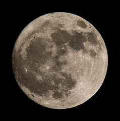 FULL MOON SONY A55 with 70-400 G LENS - 2 (jdoakey) Tags: uk greatbritain light england sky blackandwhite moon mountain detail beautiful up closeup night dark blackwhite close britain gorgeous altitude sony hill great norfolk scenic hills clear valley stunning norwich land british lovely alpha dslr favourite soe atmospheric oakley clearsky highaltitude a55 lightrails flickraward sal70400g sony70400 flickraward flickraward5 flickrawardgallery sonya55 theinspirationgroup