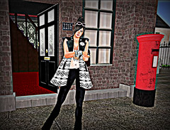 "DEW summer vest work2 (Helensue Helendale ""DEW"") Tags: london 3d clothing telephone avatar sl secondlife dew bensbeauty"