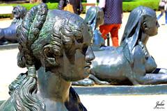 Diosa de Bronce (Julio Milln) Tags: madrid detalle bronce diosa parqueelcapricho