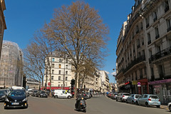 Rue du Chteau Landon - Paris (France) (Meteorry) Tags: street paris france tree facade spring europe ledefrance traffic taxi scooter toyota april circulation rue arbre printemps faade idf 2016 parisien meteorry ruephilippedegirard rueduchteaulandon chteaulandon
