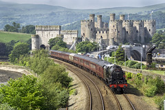 46115 (Geoff Griffiths Doncaster) Tags: uk castle wales coast conway engine royal cathedrals junction steam scot british locomotive express llandudno conwy cambrian 46115
