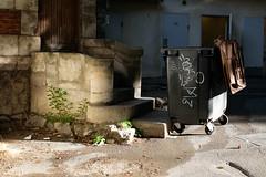 --- (xamolo) Tags: arles poubelle rubish escalier staircase sun morning matin