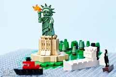 Minifig Statue of Liberty (Seth Christie) Tags: water boats lego legos minifig statueofliberty minifigure series6