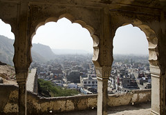 Arched View of the City - D7K 1627 ep (Eric.Parker) Tags: india arch view vista archway jaipur rajasthan monkeytemple 2011 galta galtaji