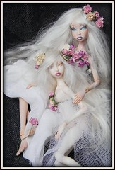 Axanas. Lightpainted Doll. Handmade artist porcelain BJD (cureilona of Lightpainted Doll) Tags: lightpainting art ball photography one miniature doll artist dolls handmade ooak mini kind tiny bjd ilona making porcelain articulated joint porzellan stringing poupe jointed poupes  lightpainted    cureilona articules   jurgiel   kugelgelenkpuppe mingajlo