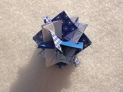 5 Intersecting Squares (Aneta_a) Tags: blue snow square origami planar modularorigami alekseeva annaalekseeva