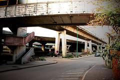 Charleroi béton (Francis Pourcel) Tags: couleurs métro ring ville charleroi basse r9