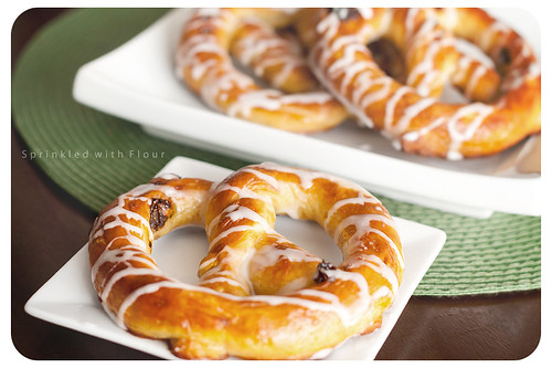 soft-pretzel-cover-03-marked.jpg-desat