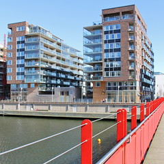 Eriksberg Dock I (hansn (2 Million Views)) Tags: city urban white architecture modern gteborg square europa europe cityscape sweden contemporary bricks gothenburg architect sverige stad brf arkitektur goteborg tegel eriksberg squarish arkitekt whitearkitekter lvstranden norralvstranden bostadsrttsfrening tenantownerssociety eriksbergsdockan eriksbergdock