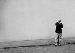 Street Smoker (CoolMcFlash) Tags: vienna wien street blackandwhite bw white man black monochrome wall contrast canon person eos austria sterreich alone cigarette space wand platz sw mann smoker simple tamron kontrast minimalistic schwarz raucher zigarette weis einfach alleine minimalistisch strase anznden 18270 60d b008 lightacigarette
