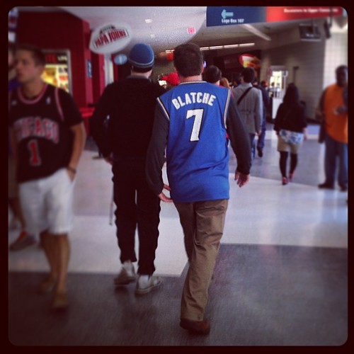 At least 1 bro here today is wearing an Andray Blatche #Wizards jersey. & yes, it's signed by Andray in the #7.