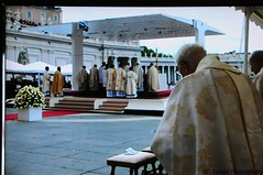 CANONIZACION- 35 (Ismael I) Tags: roma san italia pedro misa juanxxiii juanpabloii benedictoxvi canonizacion ciudaddelvaticano papafrancisco 27042014 papaemeritoplaza