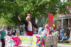IMG_2815 (marylea) Tags: community michigan parade dexter memorialday 2015 may25 memorialdayparade washtenawcounty seussicalthemusical dextercommunityplayers