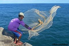 Nelayan, Pelabuhan Biu, Sawu Timur (Sekitar) Tags: net indonesia island fishing fisherman pulau timur nusa pelabuhan ntt nelayan sabu nusatenggara savu biu sawu nusatenggaratimur earthasia