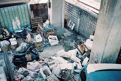 () Tags: film adox colorimplosion 100 yashica t2 t3 t4 t5 market garbage trash railway bridge underthebridge skywalk roadside