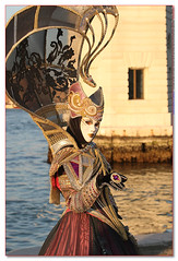 CAPZ9512__cuocografo (CapZicco Thanks for over 2 Million Views!) Tags: venice italy canon mask cosplay carnevale venezia 1740 martigras maschere 35350 1dmkiii cernival capzicco 5dmkii cuocografo