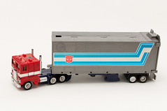 More than Meets the Eye! (Andrew D2010) Tags: original japan truck real toy 1982 hands sticker gun pipes retro transformers wise roller g1 brave instructions accessories trailer trans 1980 powerful convoy heroic exhaust hasbro autobots optimusprime morethanmeetstheeye semitrailer compassionate robotsindisguise generation1 formers cabovertruck combatdeck takaracoltd